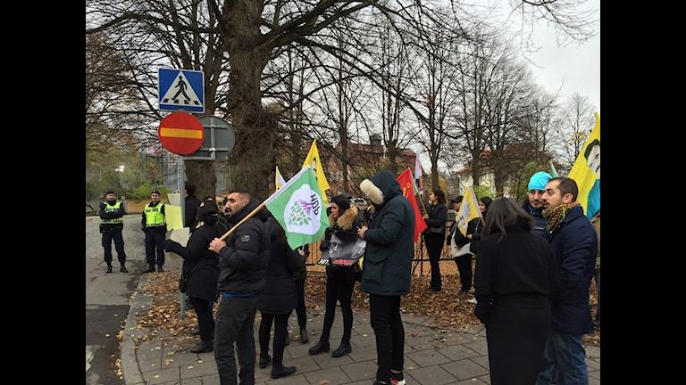 Xwepêşandan li ber sefareta tirk li Stockholmê