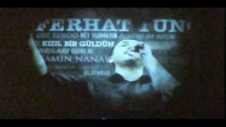 Den kurdiske artisten Ferhat Tuncs konsert. Foto: Besir Kavak, Sveriges Radio