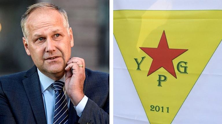 Jonas Sjöstedt och YPGs flagga. Foto: Sveriges Radio