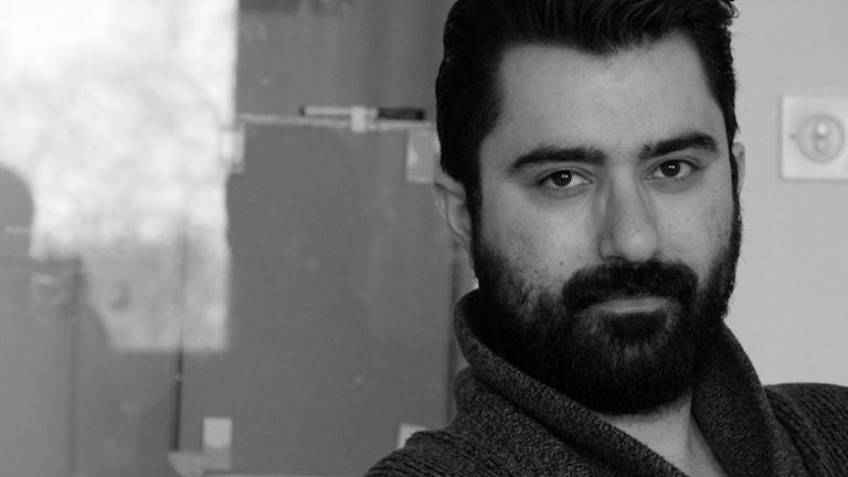 Muzîkjen Pedram Shahlai. Wêne: Radyoya Swêdê.