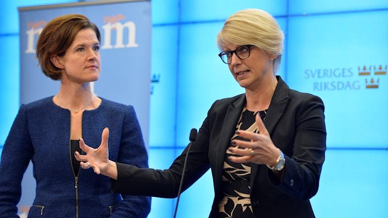 Elisabeth Svantesson och Anna Kinberg Batra