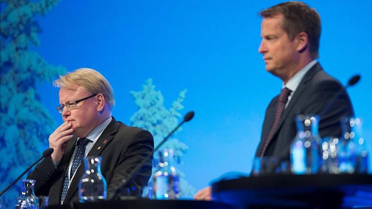 Peter Hultqvist û Anders Ygeman