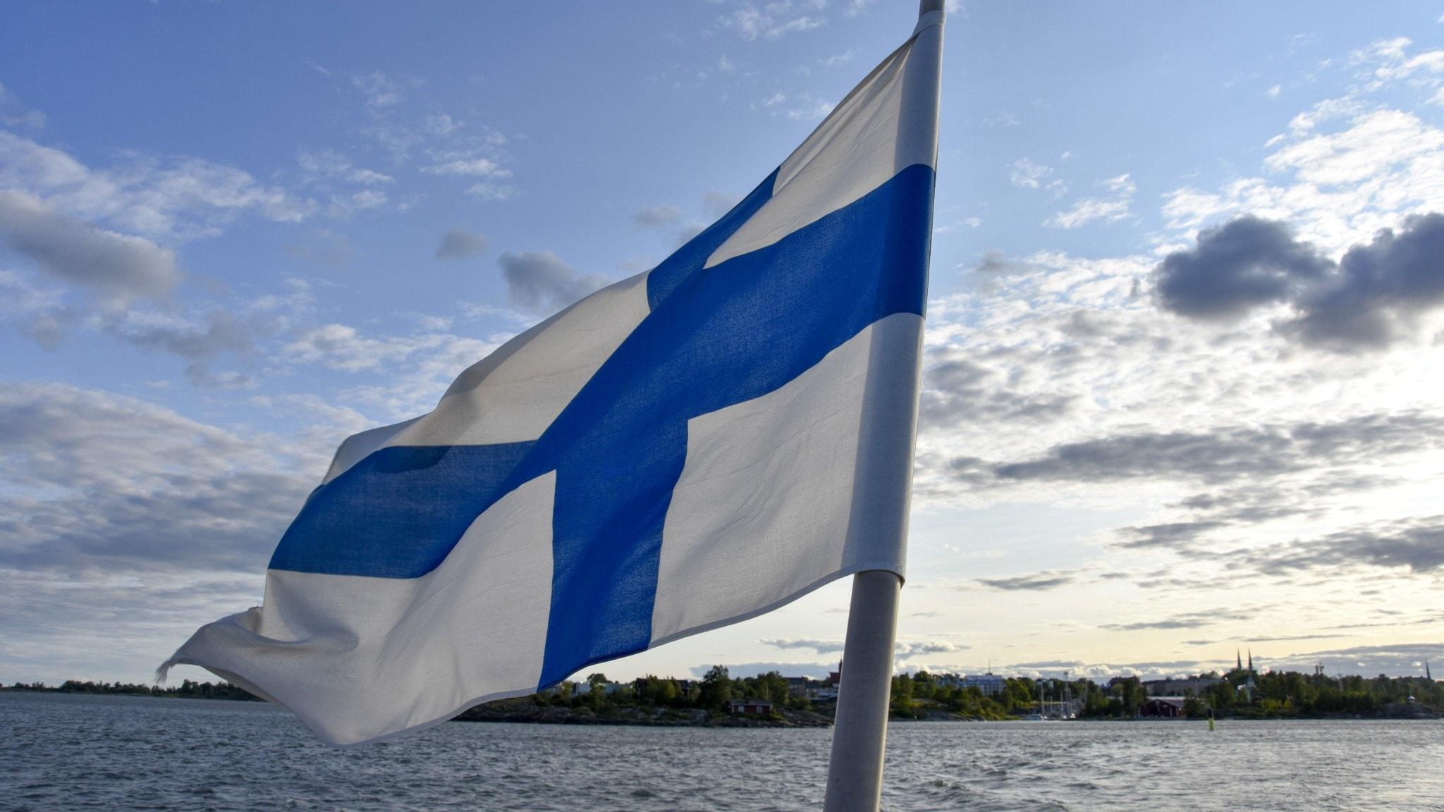 Fînlandayê sinorên xwe ji bo herêmên bakura Swêdê vekirin. Hejmara emeliyatan di havînê de kêm bû.