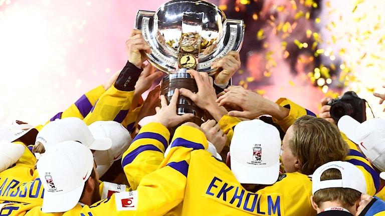 Şampiyoniya Çihanî di ishokey de 2018, Swêd-Swîsre.