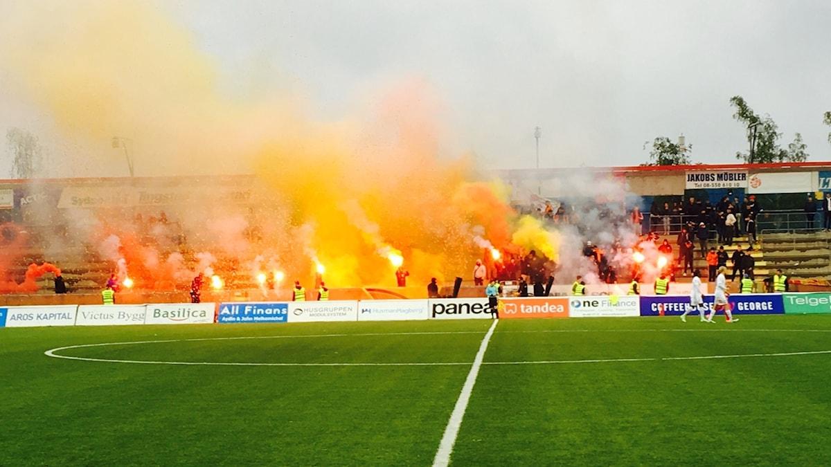 Syrianska Dalkurd publik fotboll Södertälje huliganer