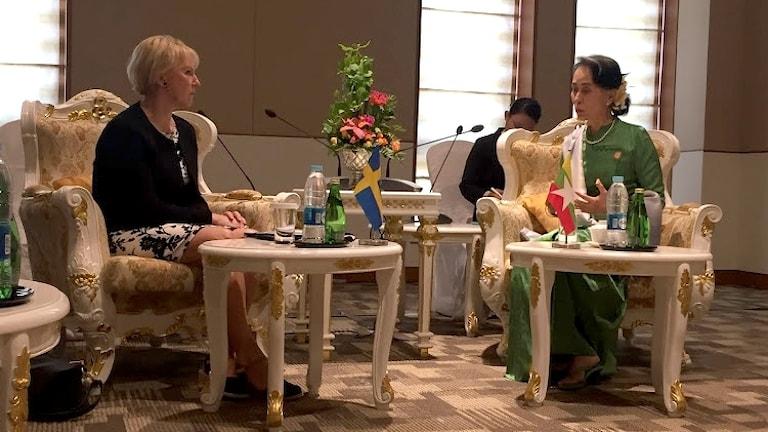 Margot Wallström & Aung San Suu Kyi.