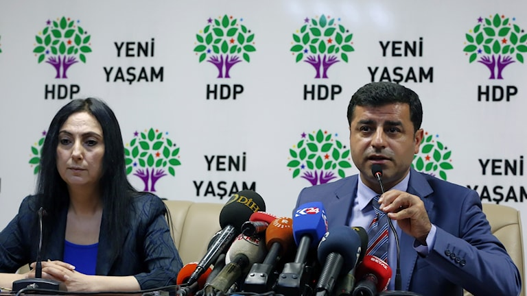 HDPs ledare Selahattin Demirtas och Figen Yuksekdag