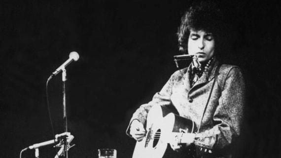 Bob Dylan får årets Nobelpris i litteratur