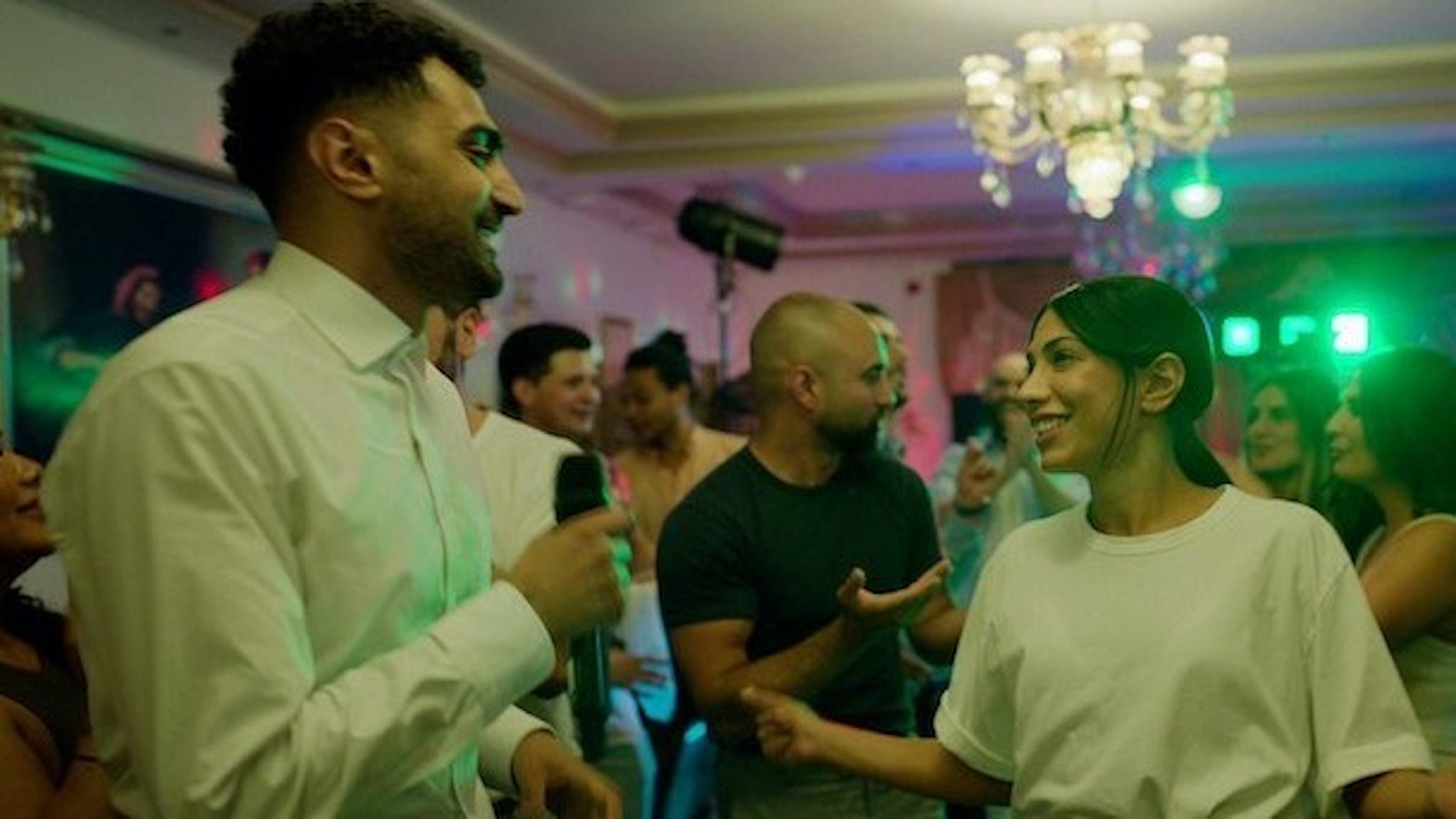 """Alexander Abdallah gör torpeden Salim och Evin Ahmad gör Leya i """"Snabba Cash""""."""