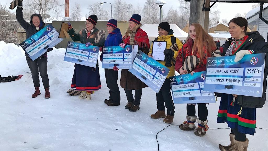 Elina Nygård, Katarina Spik Skum, Katarina Rimpi,  Mandy Senge, Nuhtte Thomassen, Liv Aira och Marika Renhuvud