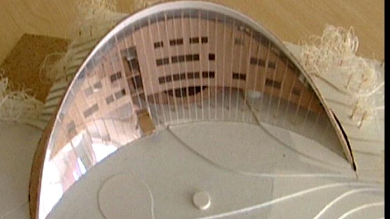 Sametingets parlamentsbyggnad i miniatyr. Foto: SVT Ođđasat