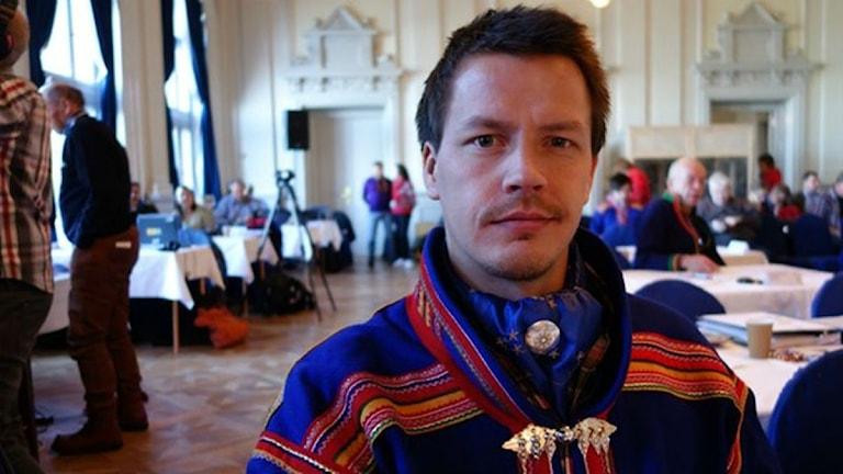 Lars Miguel Utsi, ny ledare för Samerådets kulturavdelning. Foto: Lars Ola Marakatt/SR Sameradion