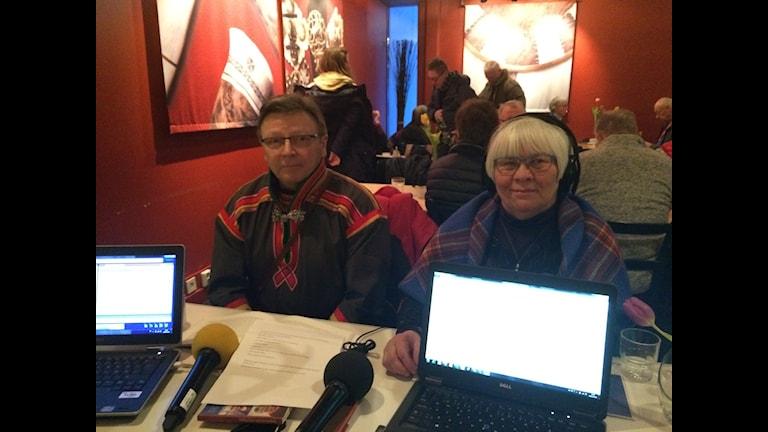 Nils-Henrik Sikku & Lisbeth Kielatis Foto: SR Sameradion