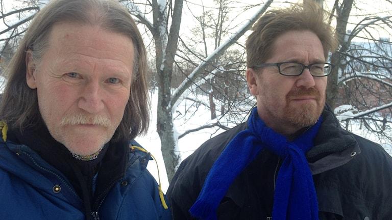Arkeologen Bernt Ove Viklund och historikern Peter Ericson i Härnösand. Foto: Jörgen Heikki, SR Sameradion & SVT Sápmi.