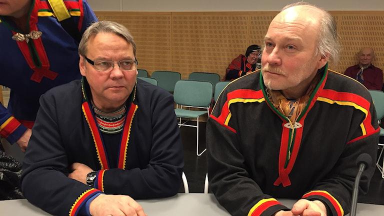 Girjas mot staten: Jörgen Jonsson och Matti Berg i Gällivare tingsrätt vid domslutet. Foto: Máret Steinfjell/ Sameradion & SVT Sápmi
