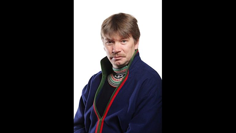 Thomas Åhren sitter i Sametingsrådet.