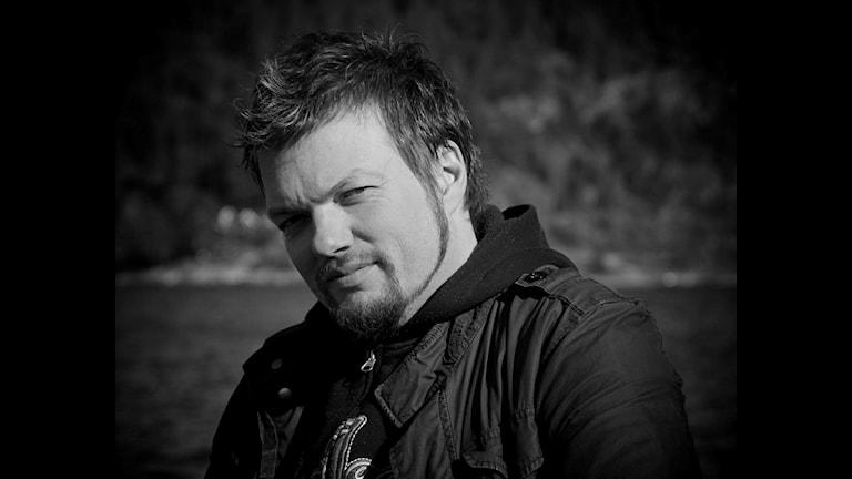 Roy Alexander Lind har Axel Ante som sitt studioprojekt.