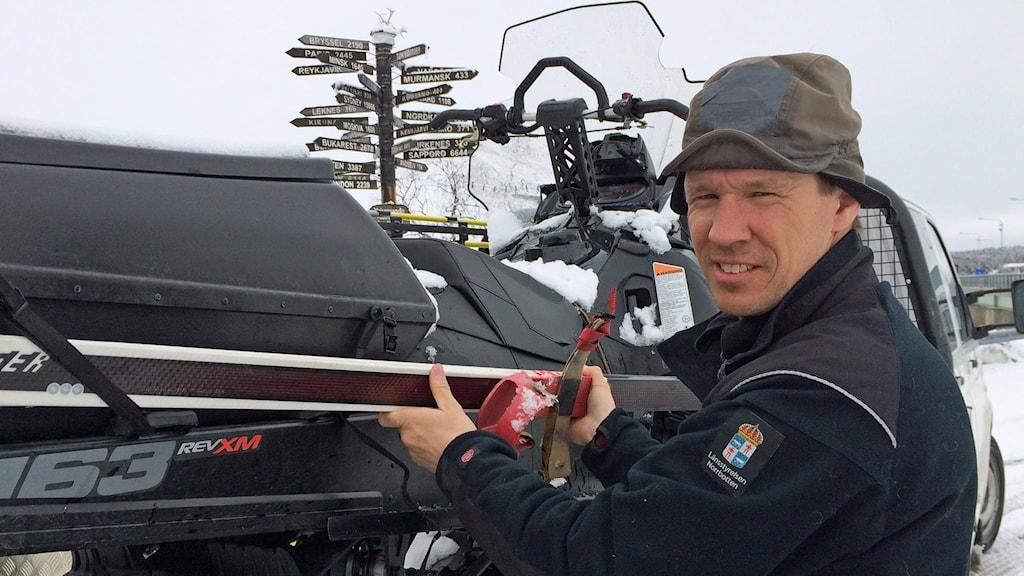 Naturbevakare Mattias Larsson, Länsstyrelsen i Norrbotten.