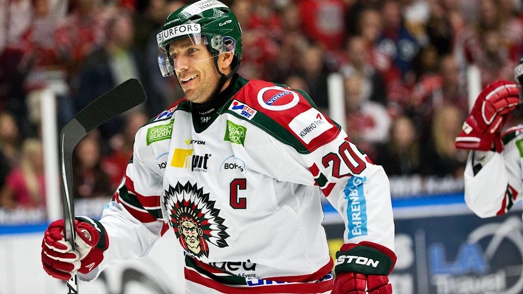 MALMÖ 2015-09-24  Frölundas Joel Lundqvist efter 2-3 vid torsdagens match i SHL mellan Malmö Redhawks - Frölunda Indians på Malmö Arena.  Foto: Andreas Hillergren / TT