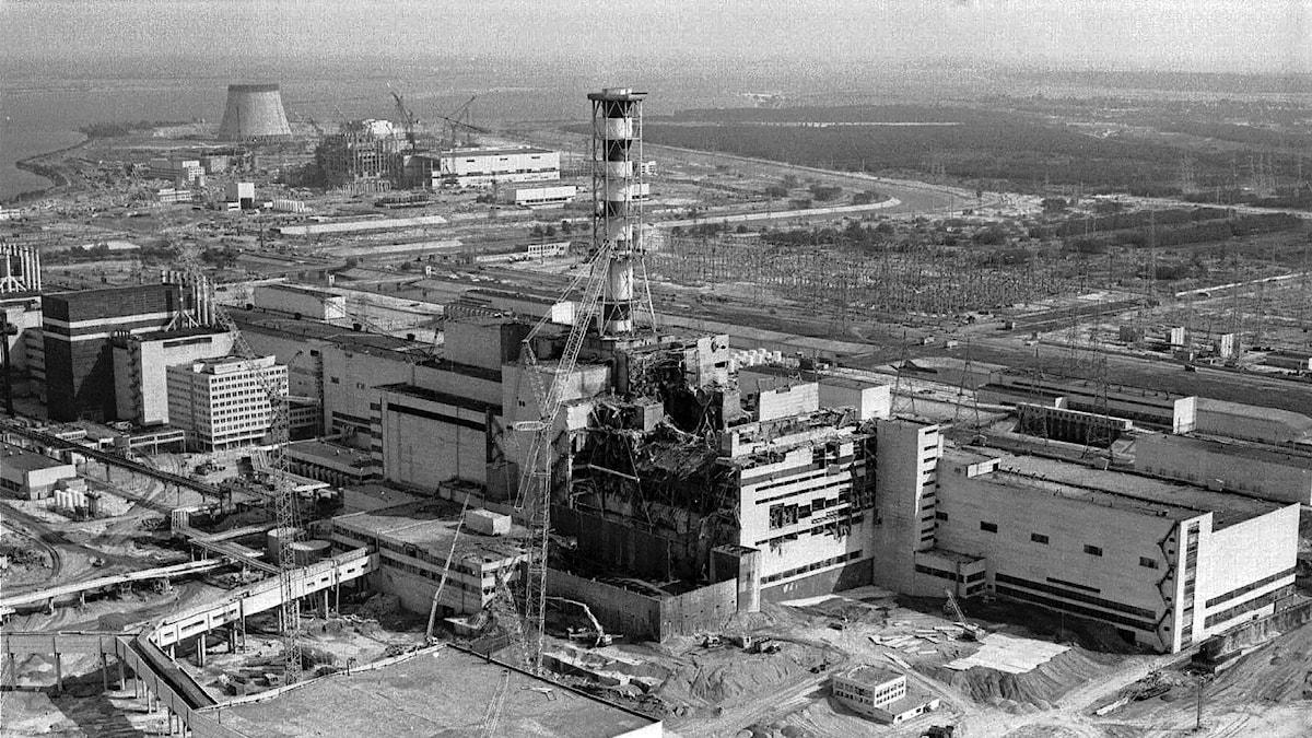 Flygbild över Tjernobylverket tagen 1983