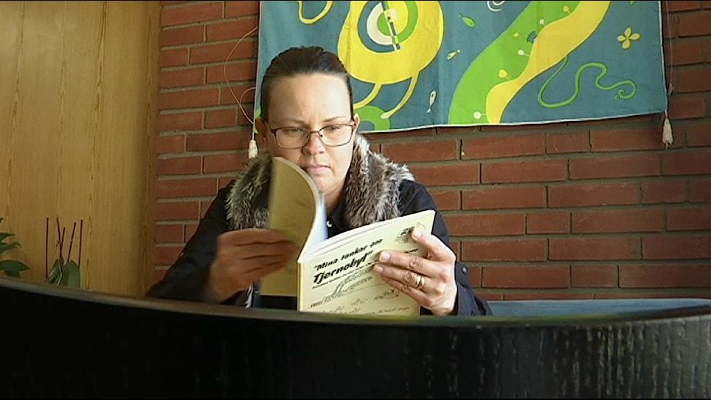 Sara Granqvist var bara 10 år när Tjernobyl-olyckan inträffade. Hon är en av de samiska barn vars tankar om Tjernobyl samlades i en bok för 30 år sedan.