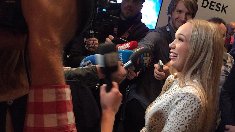 Efter semifinalen ger Agnete Johnsen sin första intervju under ESC.