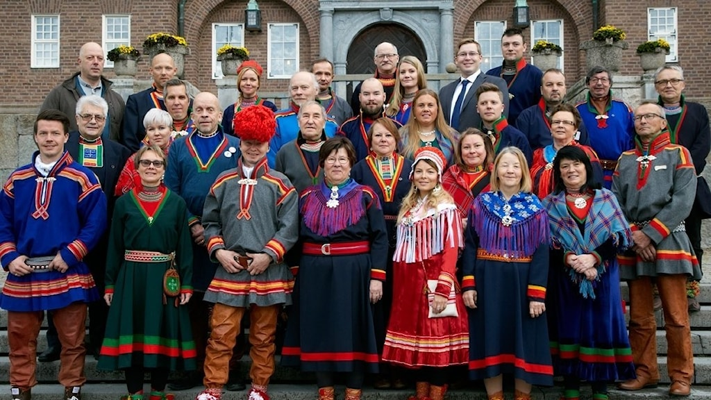 Sametingets politiker är fortfarande oeniga när det gäller fördelningen av samiska rättigheter.