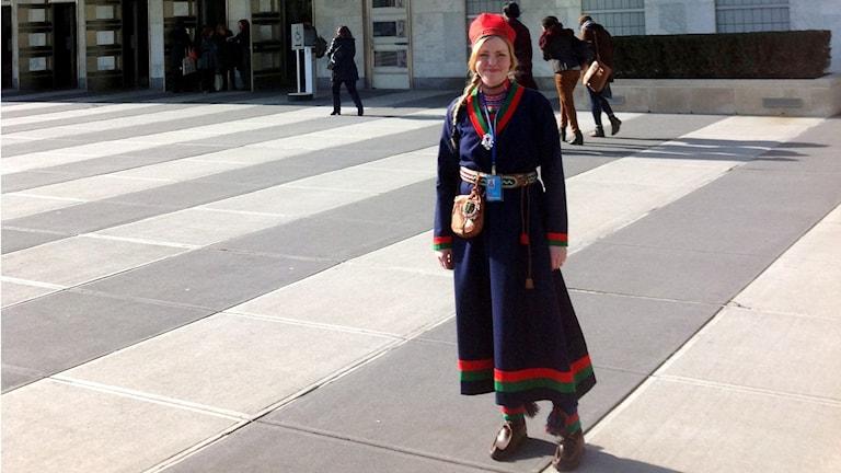 Marie Persson Njajta utanför FN:s generalförsamling i New York