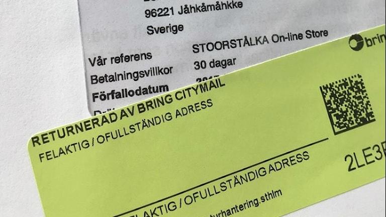 """Klisterlapp på brev """"felaktig/ofullständig adress"""""""