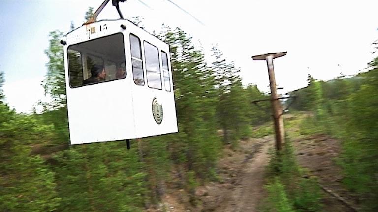 Världens längsta linbana mellan Mensträsk och Örträsk i Norsjö kommun.