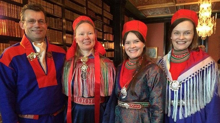 Systrarna Máret och Inga Márjá Steinfjell