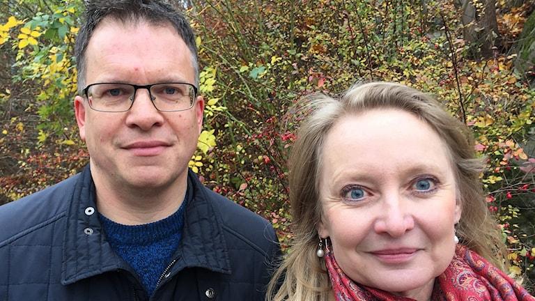 Författarna Peter Sjölund och Karin Bojs.