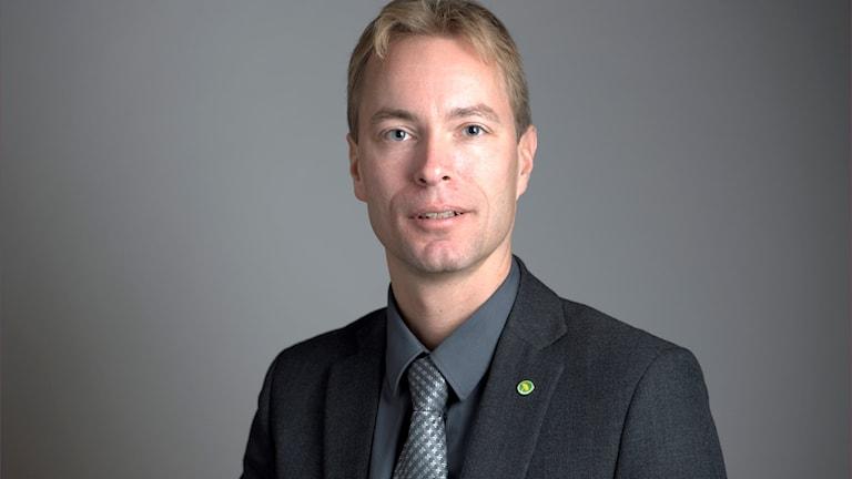 JONAS ERIKSSON (MP)