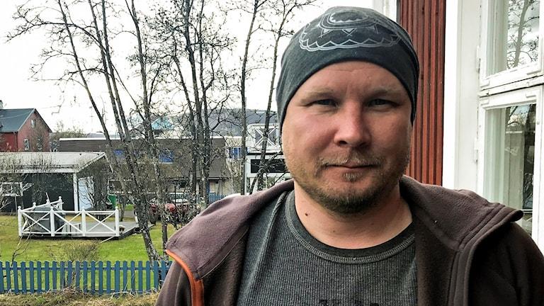 Gabna čearu ságadoalli Lars-Ante Kuhmunen.