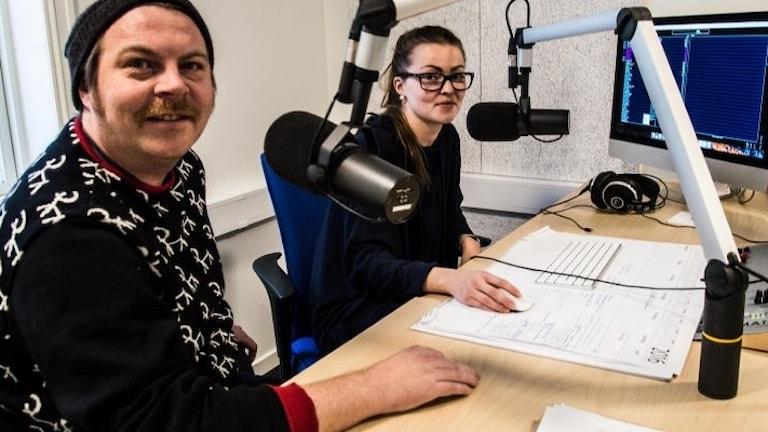 Stig Arne Somby och Aino Danielsen. Foto: Nils Kåre Nesvold / Nea Radio