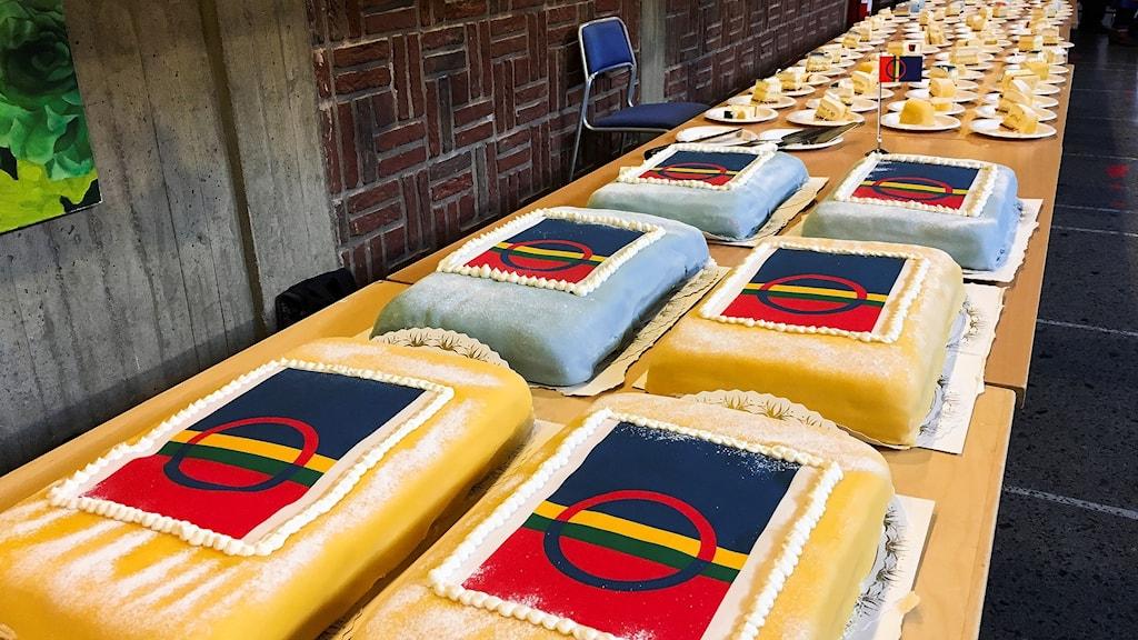 Tårtor i Kiruna stadshus under firandet av samiska nationaldagen
