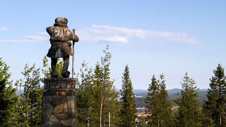 Nilagubben på toppen av Tjamstanberget i Malå.