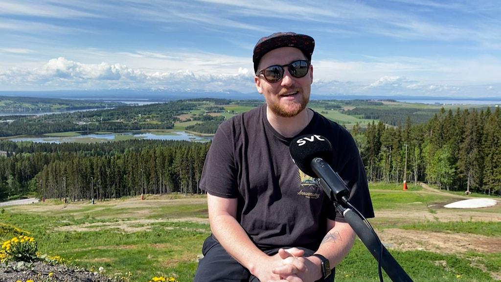 Adam Frisell, Freeskidomare