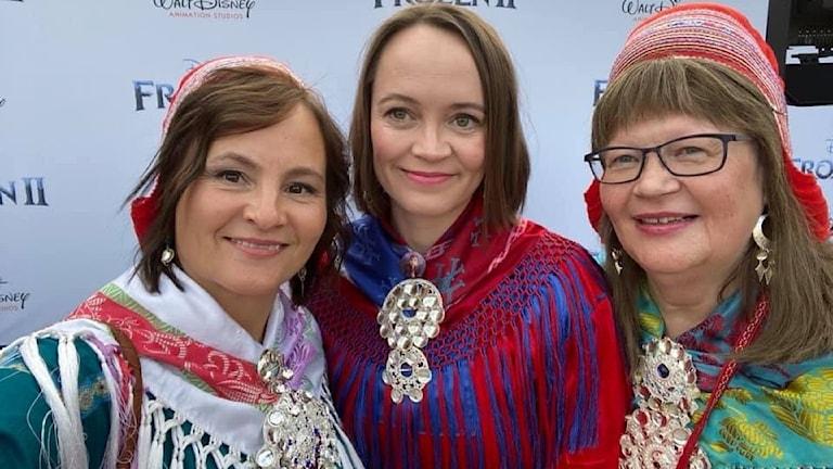 Anne Lajla Utsi, Piia Nuorgam, Karen Anne Buljo från Verddet, samiska expertgruppen på förvisning av Frost2 i Los Angeles.