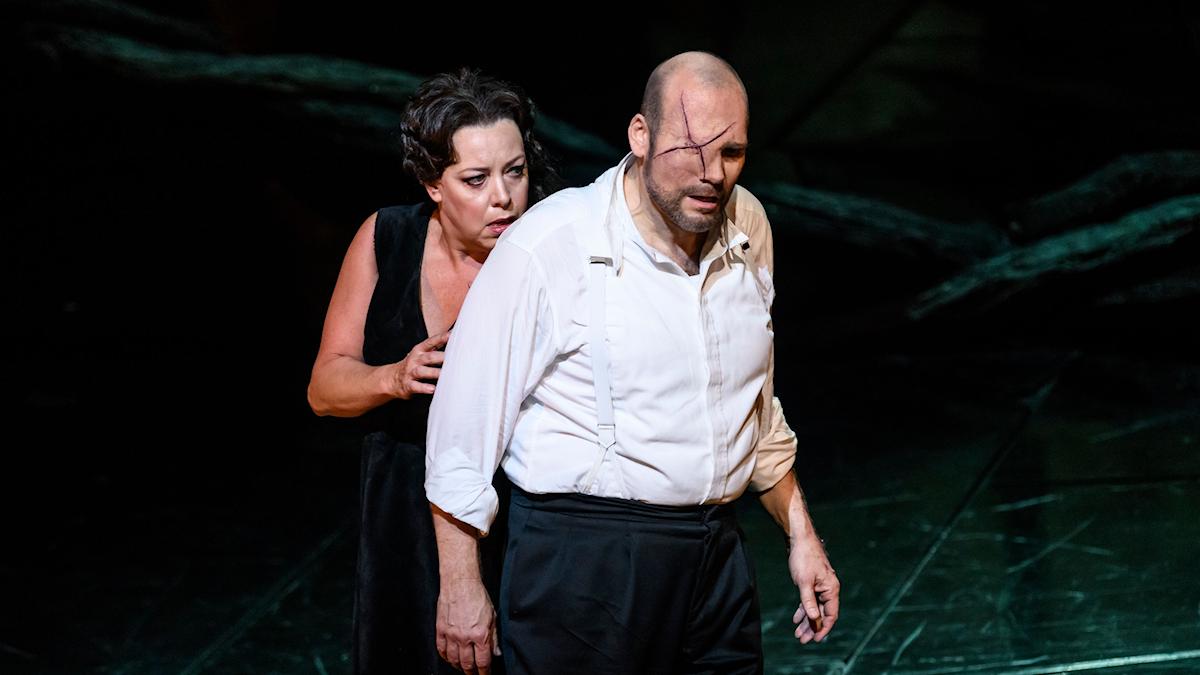 Nina Stemme och John Lundgren som Brünnhilde och Wotan.