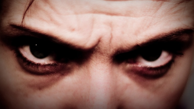 Arga ögon