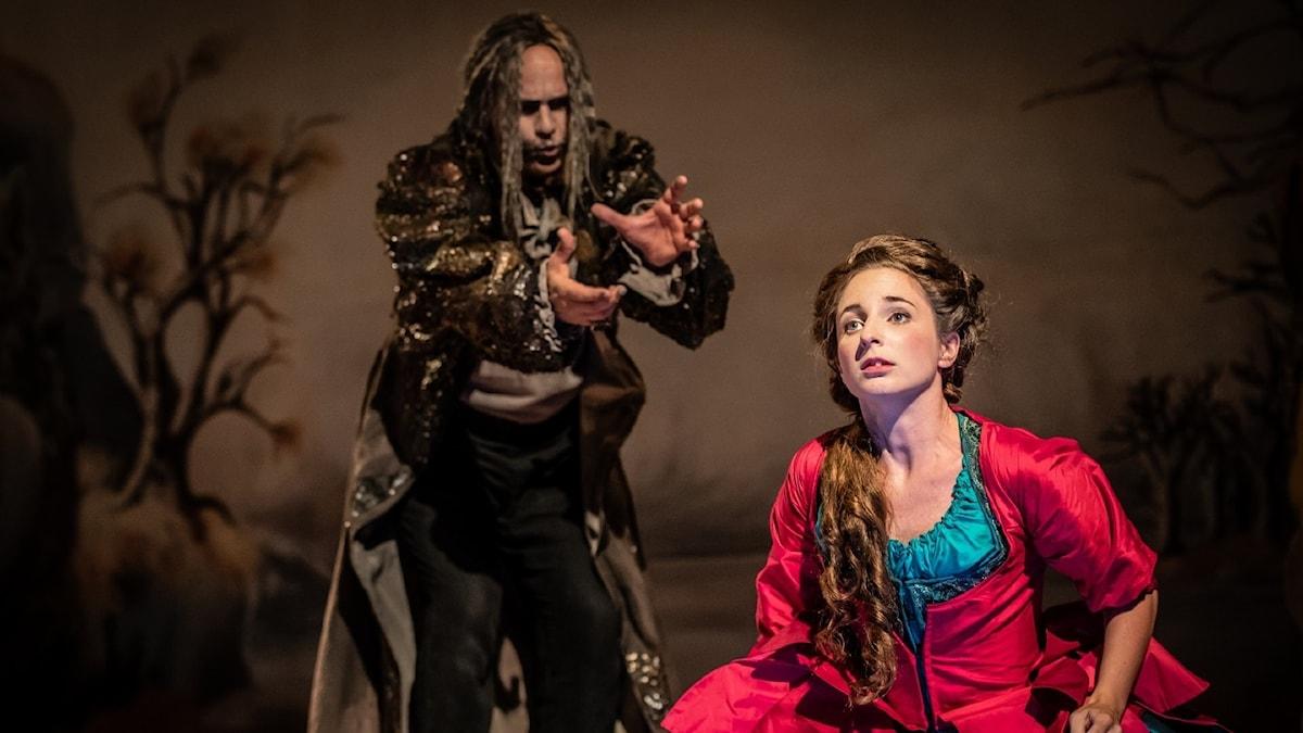 Bild: Staffan Liljas och Ylva Stenberg som Polyphemus och Galatea.