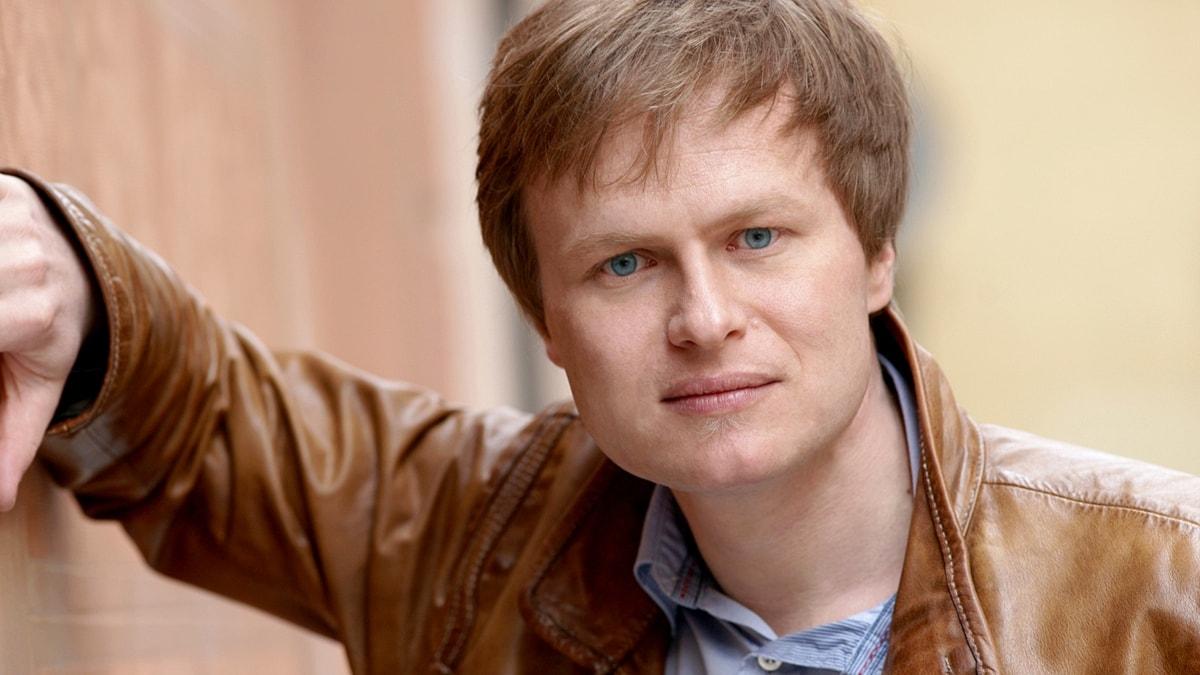 Bild av Andreas Wolf som spelar Papageno.