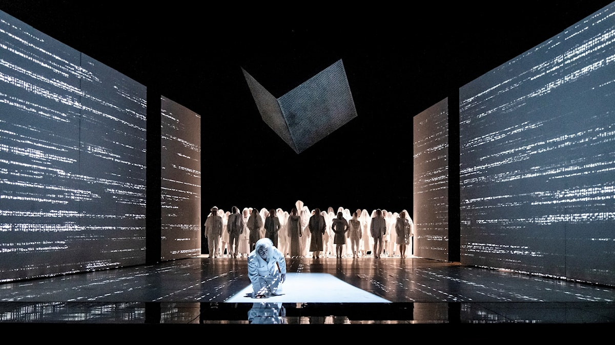 Bild: Lukasz Golinski gör rollen som Kung Roger på Kungliga operan i Stockholm.