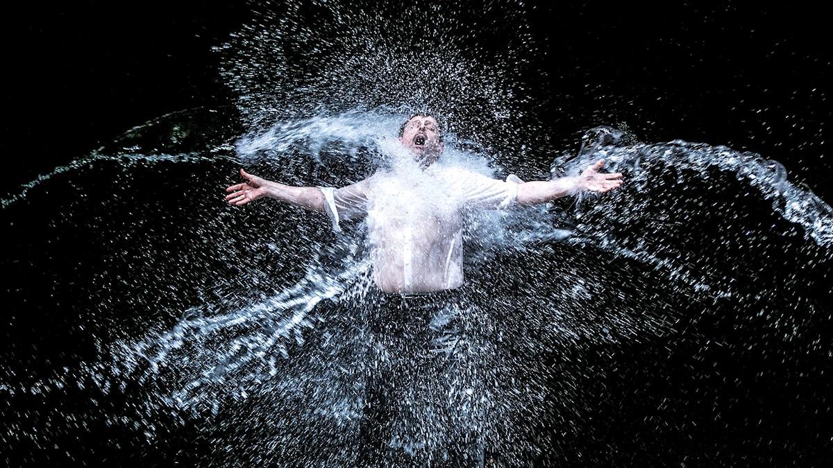 Bild på Paul Nilon som Idomeneo i Göteborgsoperans uppsättning 2016.