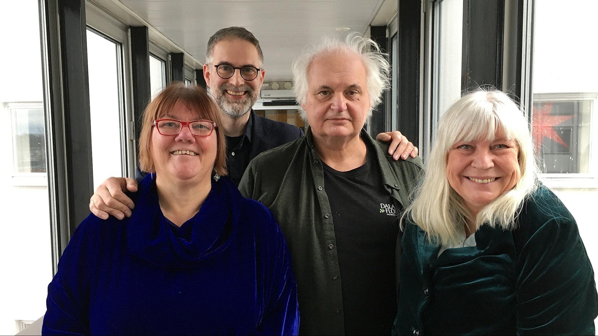 I panelen denna vecka hittar vi den legendariska P2-rösten Bodil Asketorp, Göran Greider, författare och debattör, Evabritt Selén, musikbibliotekarie på Sveriges Radio. Programledare är som vanligt Johan Korssell.