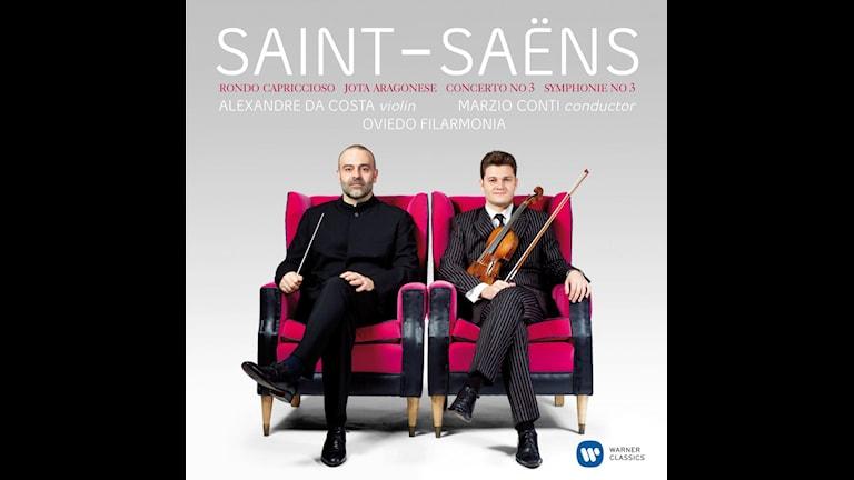 CD-omslag till Verk av Camille Saint-Saëns med Alexandre Da Costa och Marzio Conti.