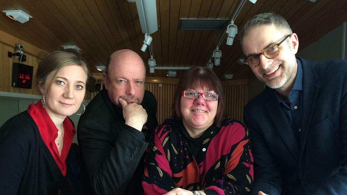 Panelen fr v: Ditte Hammar, Magnus Lindman, Evabritt Selén och programledaren.