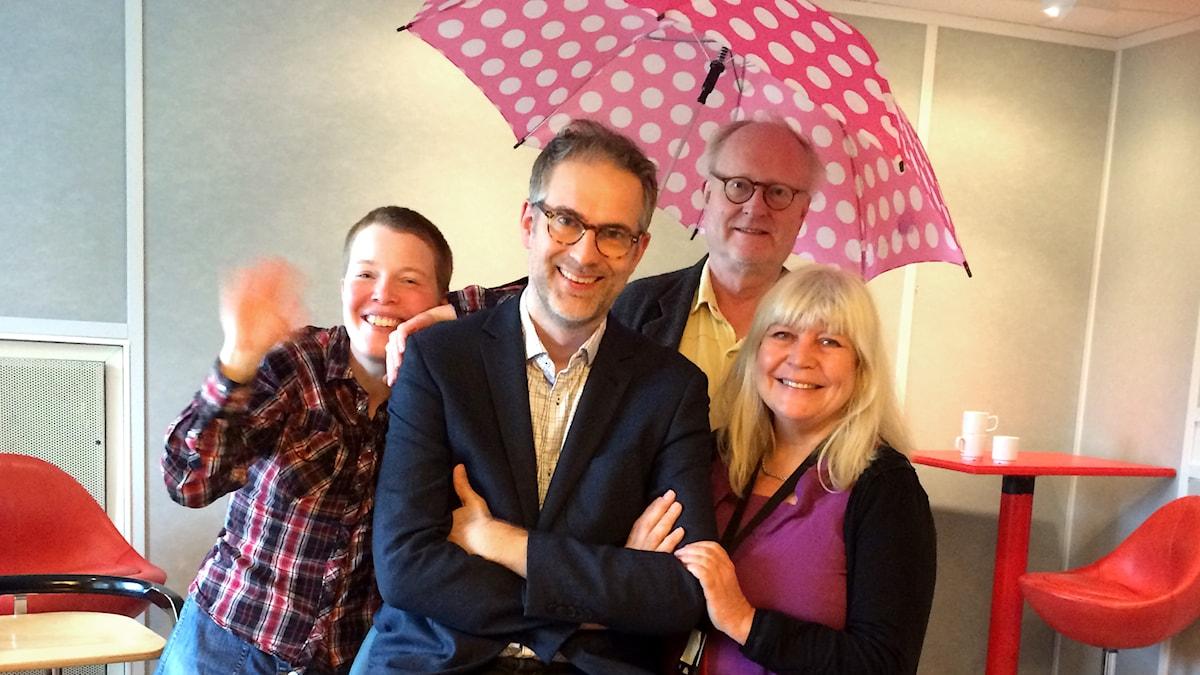 Veckans panel: Hanna Höglund, programledaren, Bengt Forsberg och Bodil Asketorp