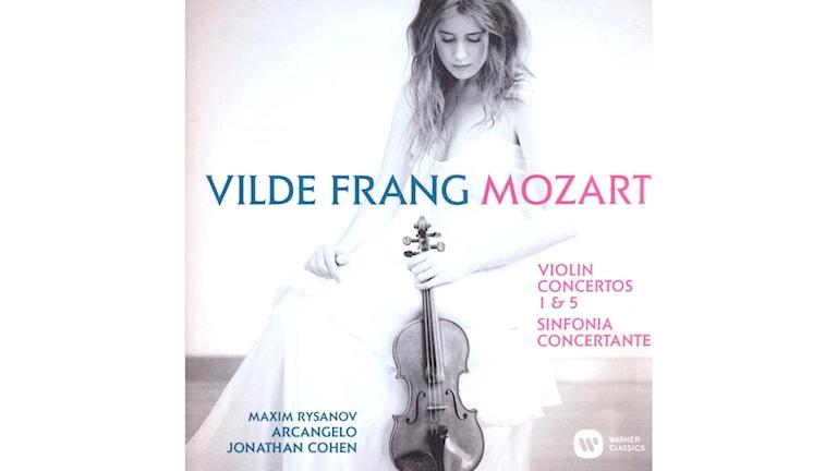 W A MOZART Violinkonserter KV 207 och 219 och Sinfonia Concertante Ess-dur K 36
